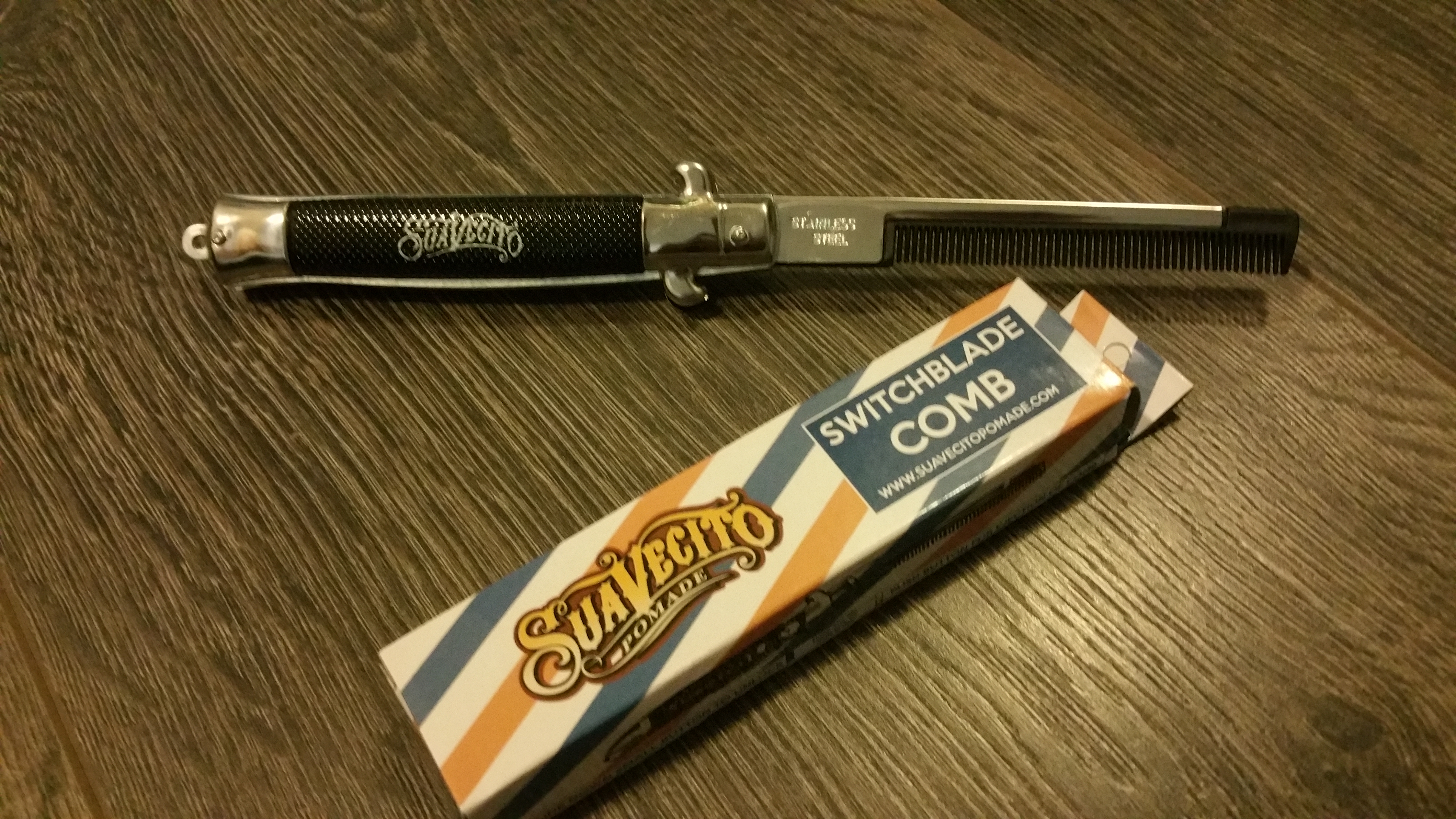 Suavecito Switchblade Comb