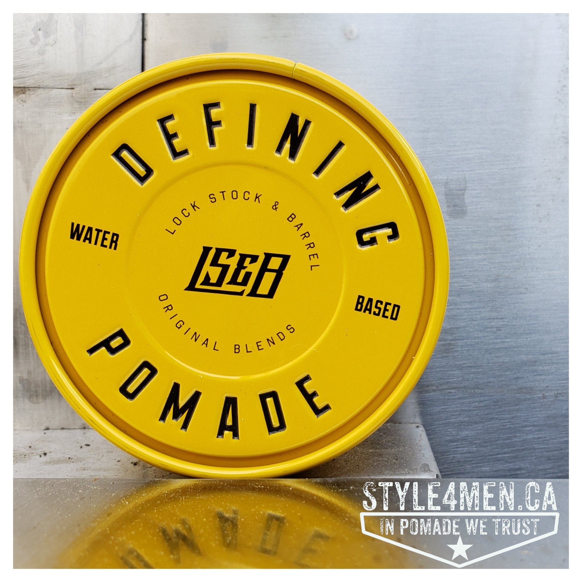 The beautiful Defining Pomade by Lock Stock & Barrel