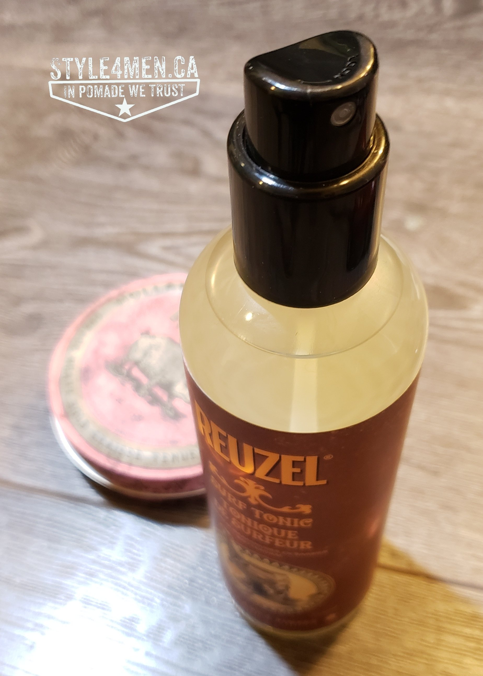 REUZEL Surf Spray