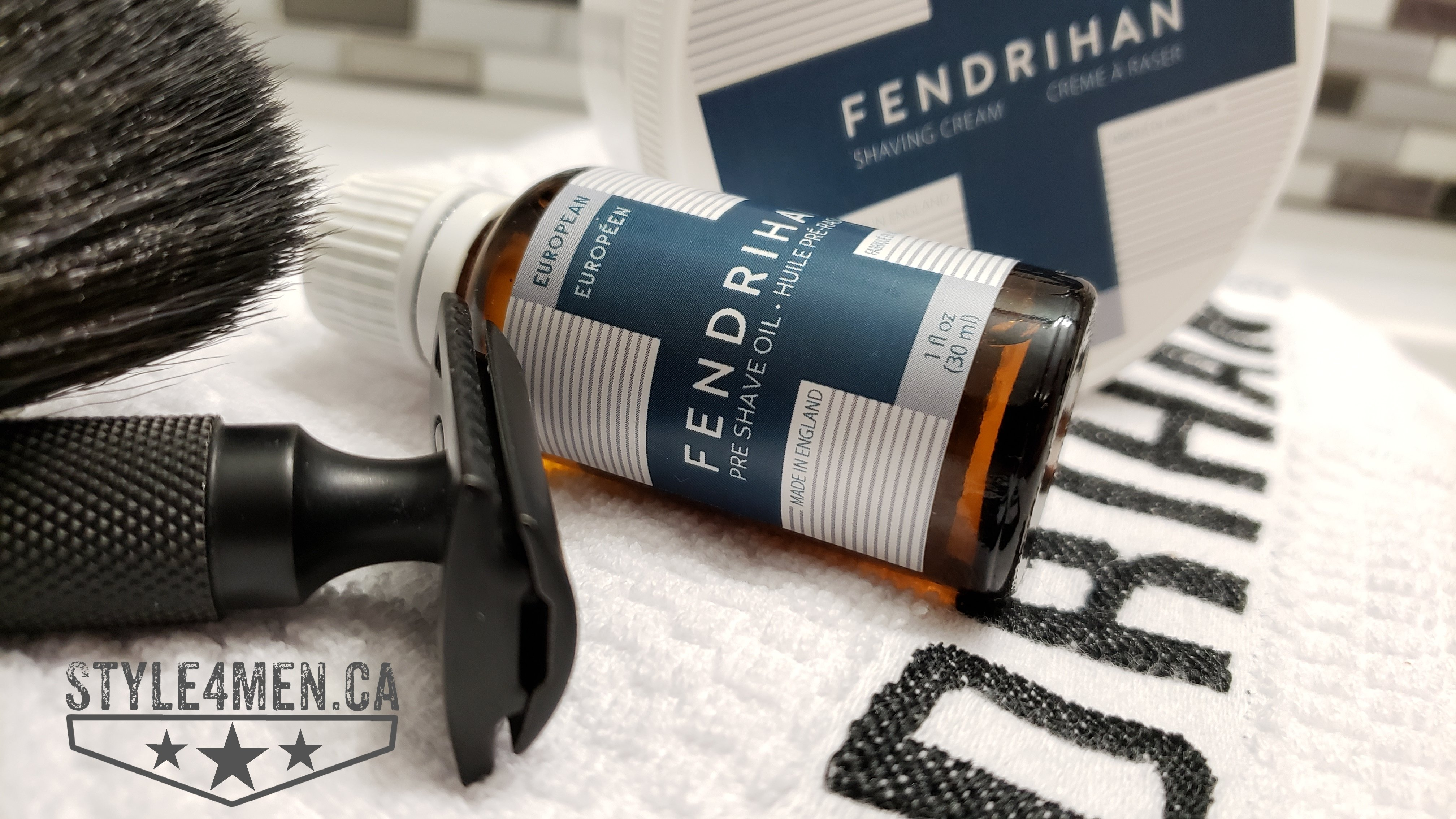 Unboxing FENDRIHAN pre-shave oils and shave creams