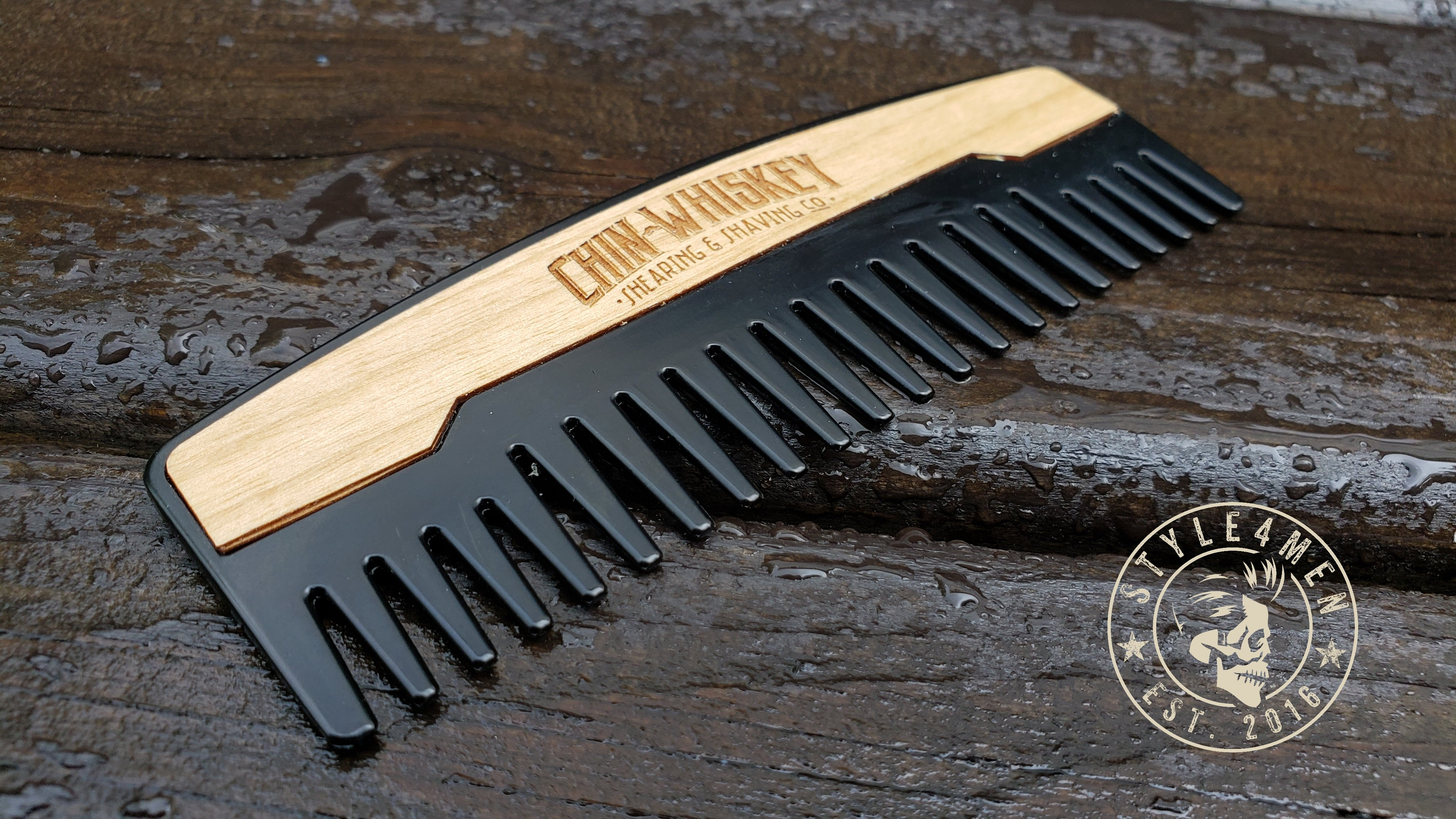 Chin Whiskey Comb