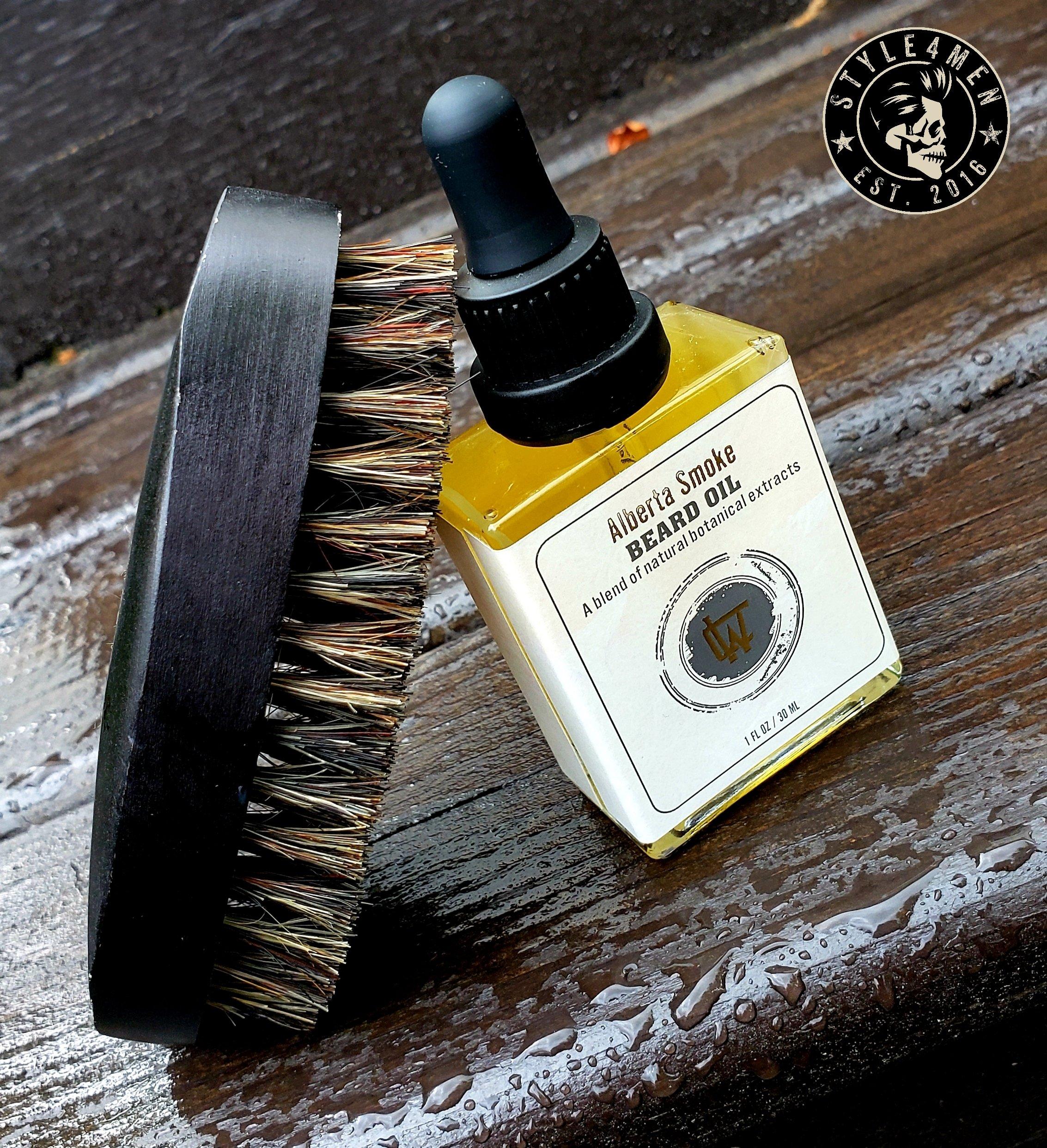 Chin Whiskey Beard Oil / Comb